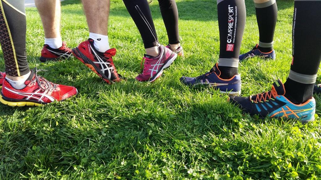 8941df86dc5d Наша команда для марафона выбрала беговые кроссовки Asics.